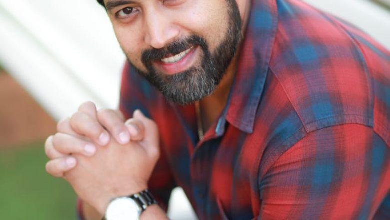 படம் பார்க்க A Cube புதிய  மொபைல் ஆப் கண்டுபிடித்திருக்கும் நடிகர் ஜெய் ஆகாஷ் !