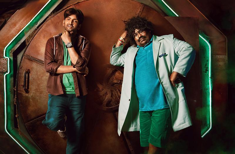 நடிகர் சந்தானம் நடிக்கும் 'டிக்கிலோனா'. செப்டம்பர் 10 தேதியன்று ஜீ 5யில் வெளியாகிறது