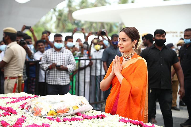 Actress Kangana Ranaut Visits Jayalalitha Memorial | Thalaivii Movie